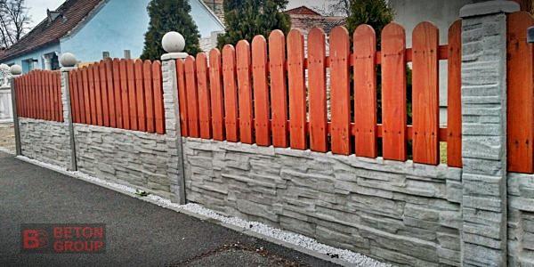Betonumzaunungen mit einer Holzplatte2